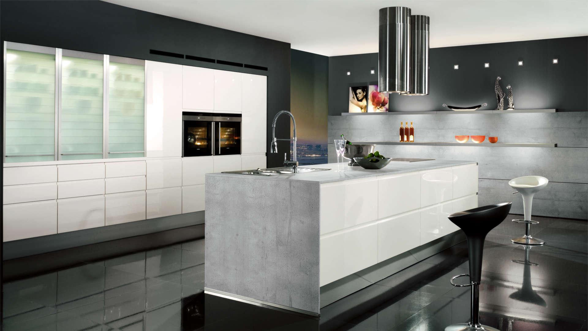 Cucine bianche moderne: luminosità e personalizzazione | Clara Cucine